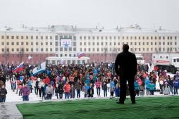 Никита Белых открыл День здоровья на Театральной площади