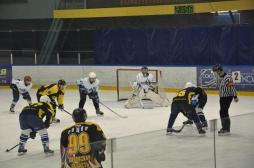 Хоккейная команда ВятГУ ждет своих болельщиков! Поддержим своих в игре!