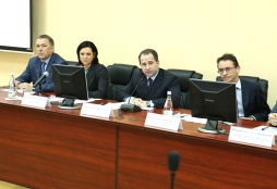 Ректор ВятГУ принял участие в совещании по обеспечению кадрами предприятий ОПК