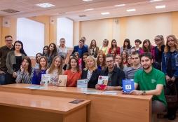Компания AXELOT провела научный семинар для студентов ФЭМ