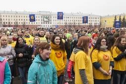 Студенты ВятГУ провели День здоровья с Анной Альминовой