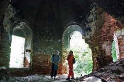 Искусствоведы ВятГУ преодолели 860 км, чтобы обследовать старинные храмы Вятки