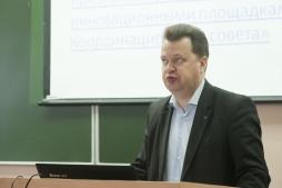На площадке Опорного университета  проходит проектная сессия «Развитие сети инновационных образовательных организаций Кировской области»