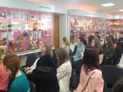 Увлекательная экскурсия студентов ВятГУ стала отличным подкреплением теоретических знаний
