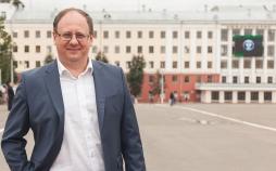 Поздравление ректора Вятского государственного университета Валентина Пугача с Днем учителя