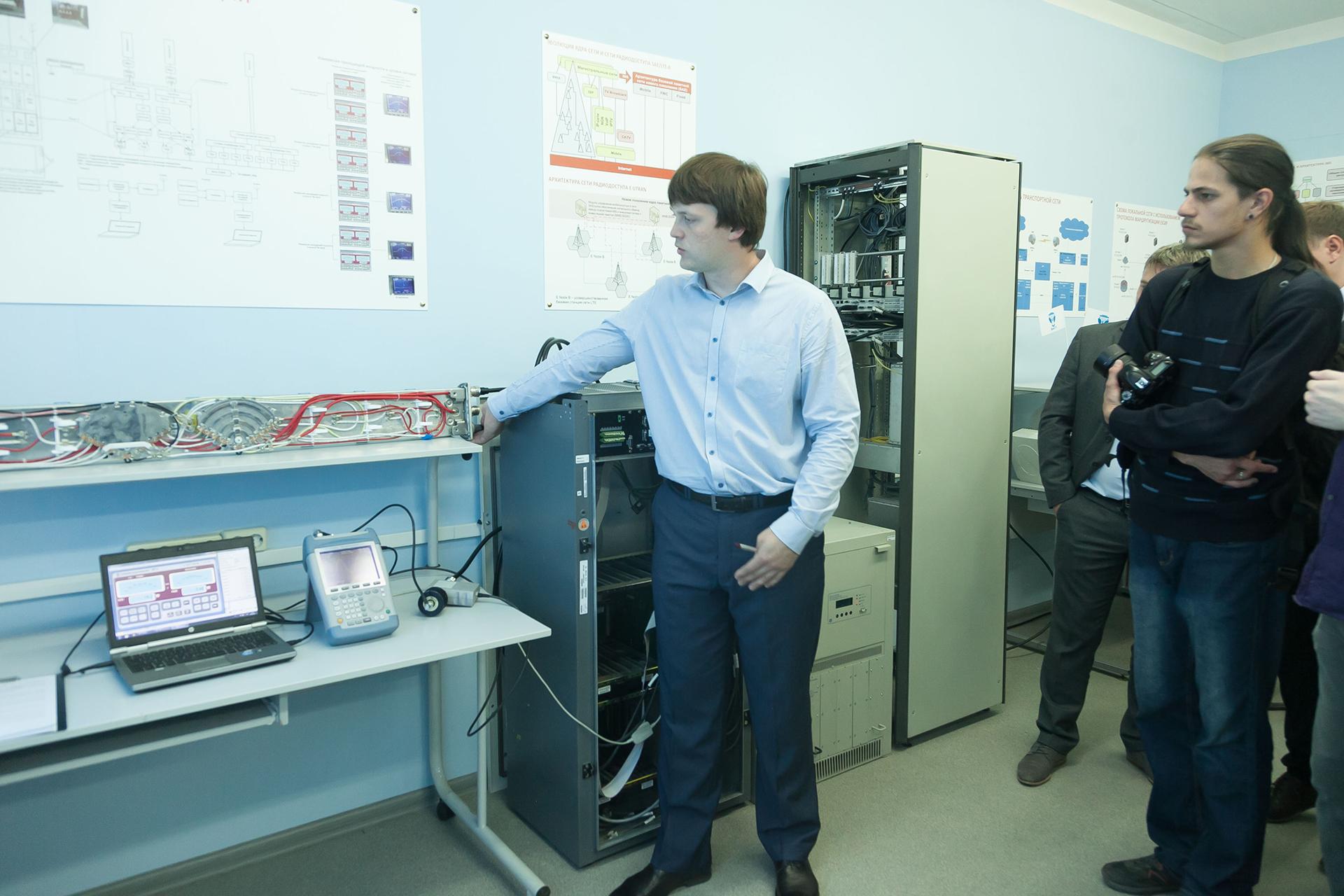 Открытие лаборатории для студентов ВятГУ компанией МТС